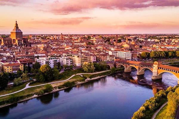 Tribunale di Pavia: Sospensione dell'asta immobiliare malgrado fossero state depositate offerte cauzionate di cui e' stata disposta la restituzione